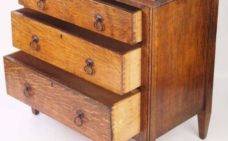 Small Edwardian Arts Crafts Oak Chest Drawers