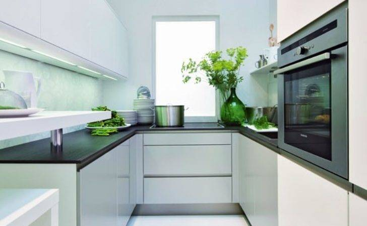 Small Kitchen Reflective Surfaces