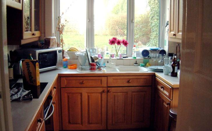 Space Saving Tips Small Kitchens Interior