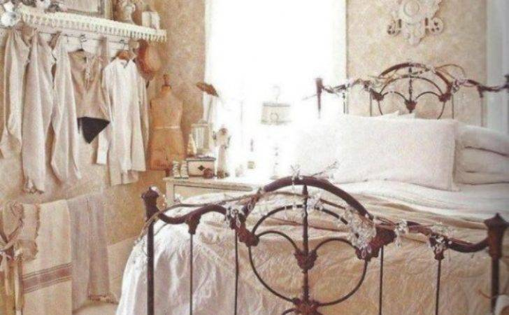 Sweet Shabby Chic Bedroom Cor Ideas Digsdigs