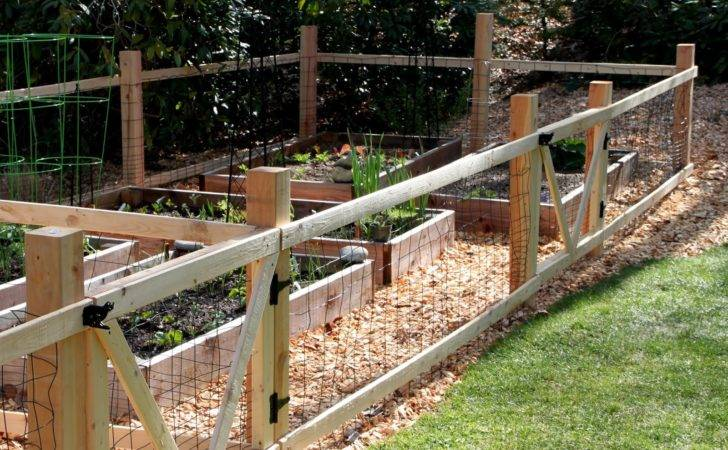 Tilly Nest Simple Garden Fence