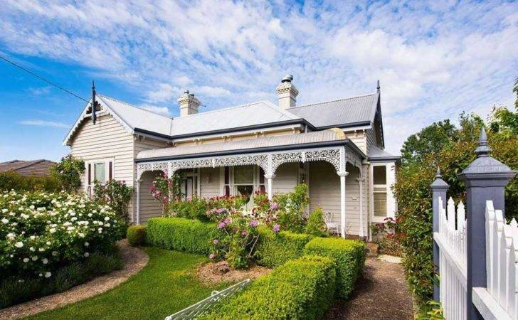 Tour Daylesford Country Home Homes