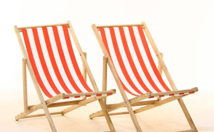 Traditional Deck Chair Hire Red White Stripes