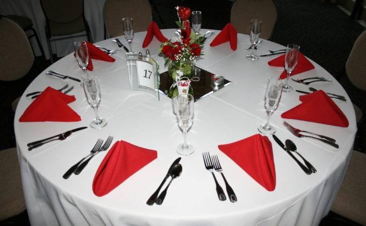 Trend Red White Table Decor House Decoration