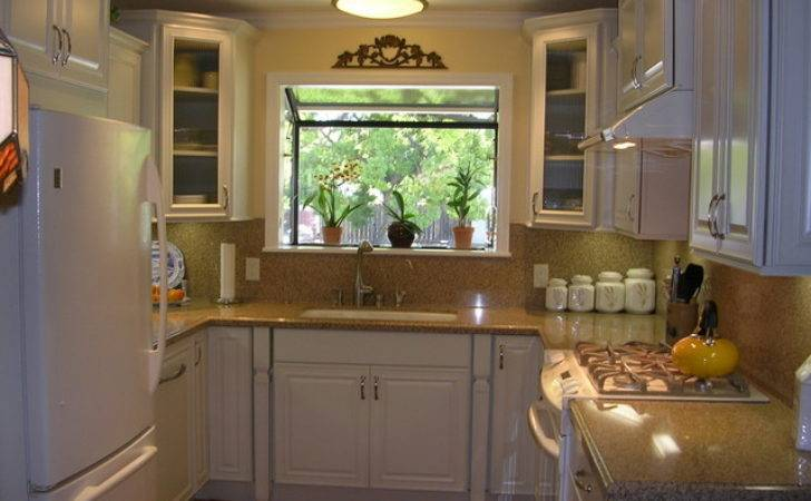 Very Small Shaped Kitchen West San Jose