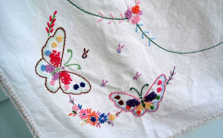 Vintage Embroidered Tablecloth Lovely Yourauntiespanties