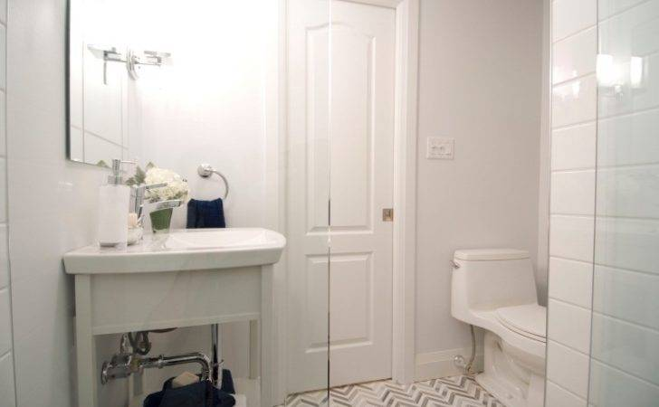 Ways Make Small Bathroom Look Bigger