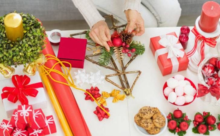 Ways Make Your Own Christmas Gifts