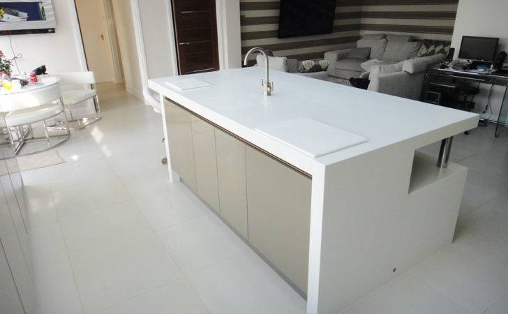 White Corian Kitchen Worktop