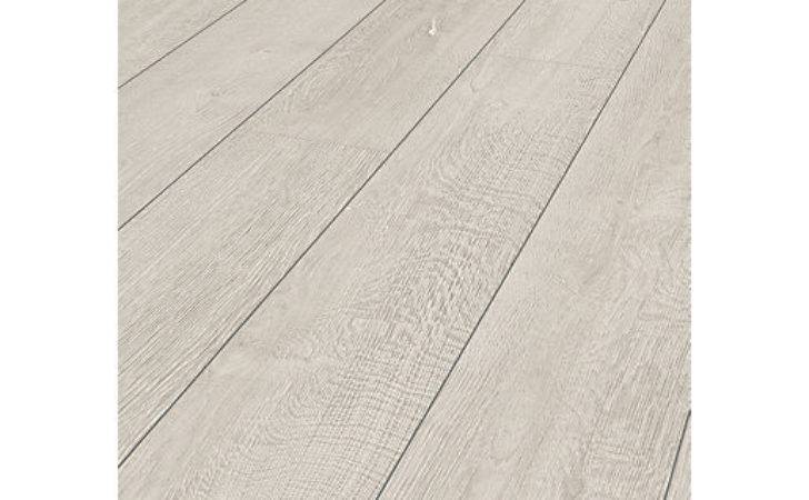 Wickes Albero Oak Laminate Flooring Deal Offer