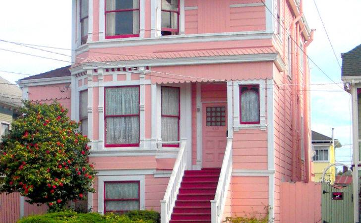 Would Live Pink House